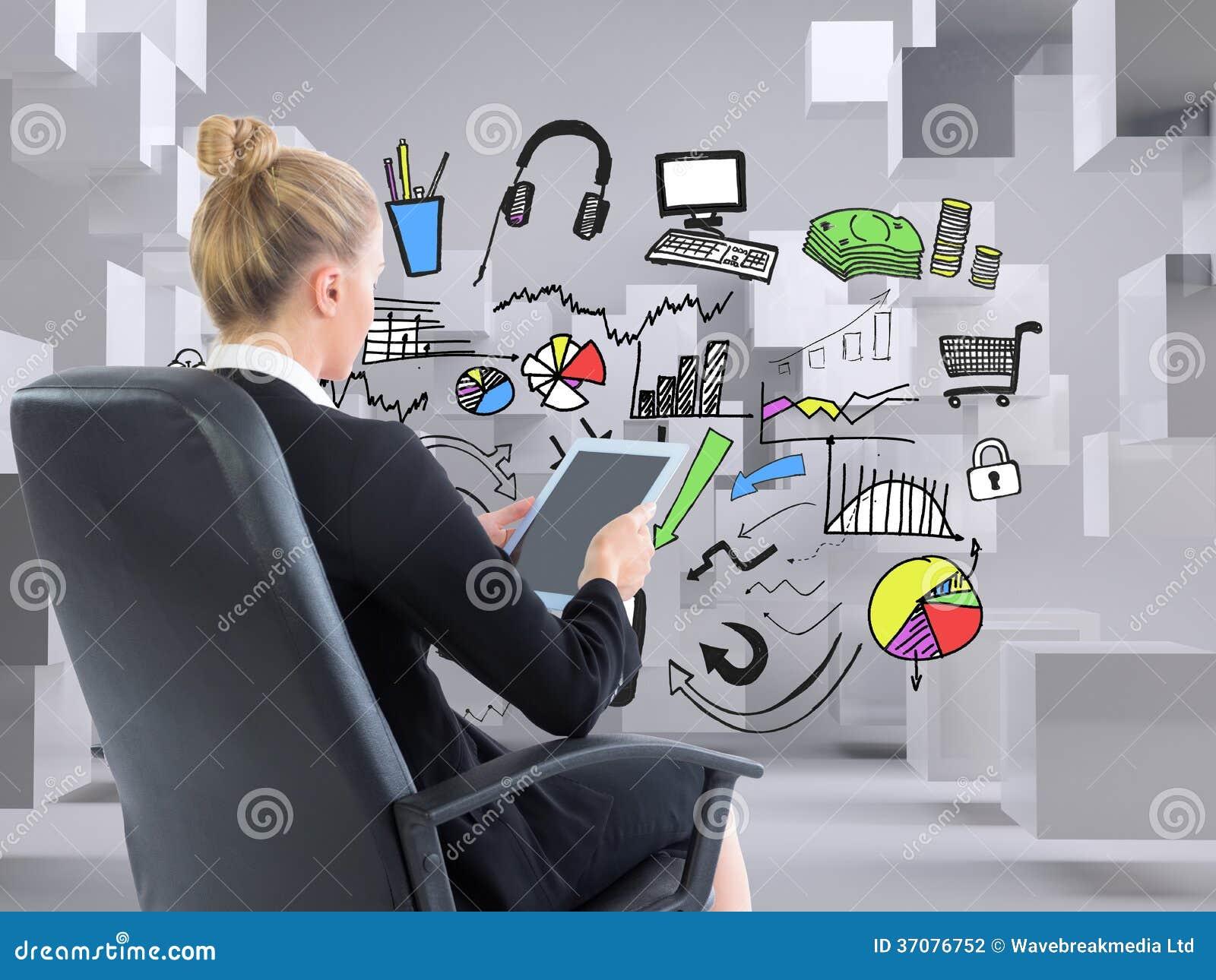 Download Bizneswomanu Obsiadanie Na Swivel Krześle Z Pastylką Zdjęcie Stock - Obraz złożonej z jeden, digitalis: 37076752