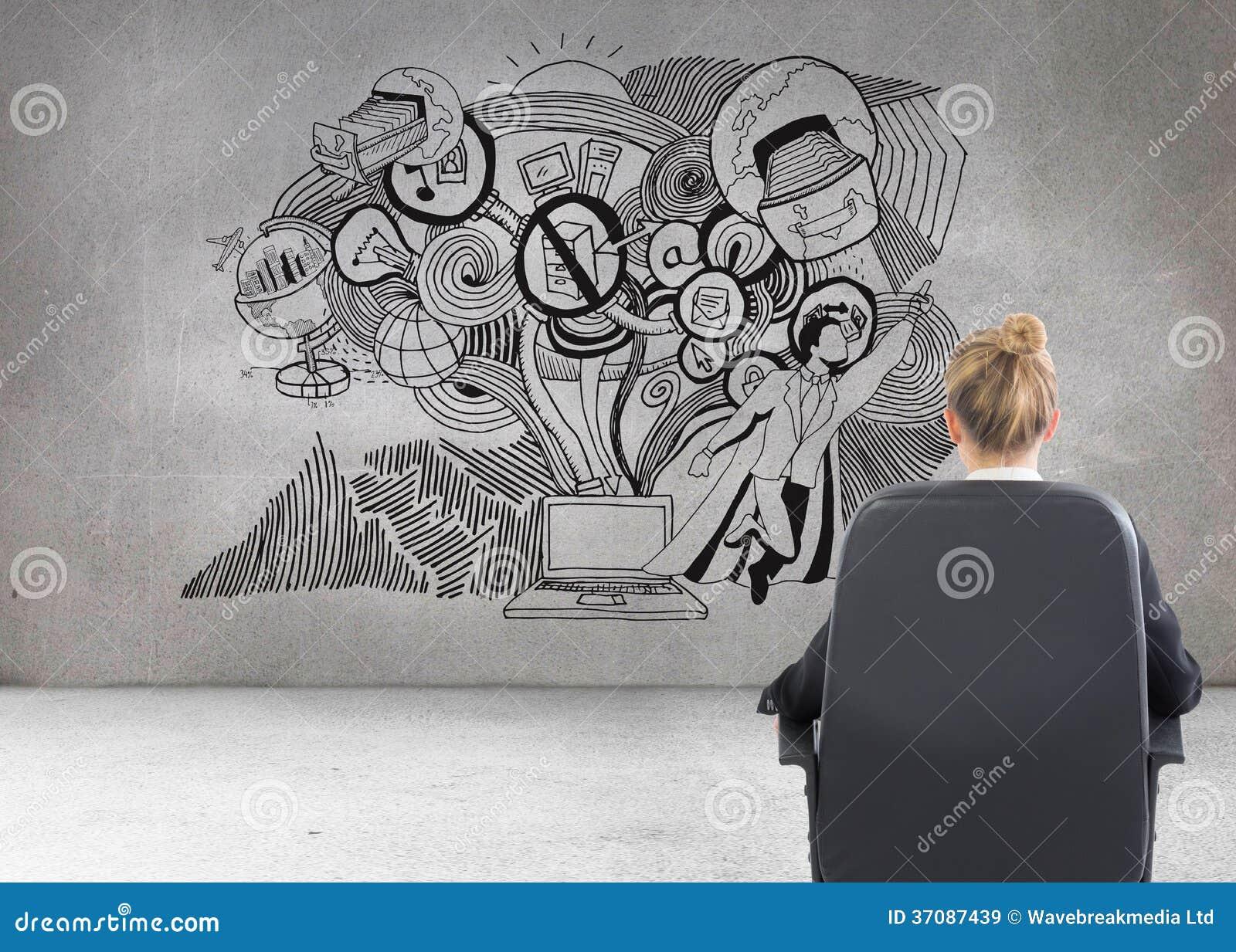 Download Bizneswomanu Obsiadanie Na Swivel Krześle Obraz Stock - Obraz złożonej z funkcja, kobiety: 37087439