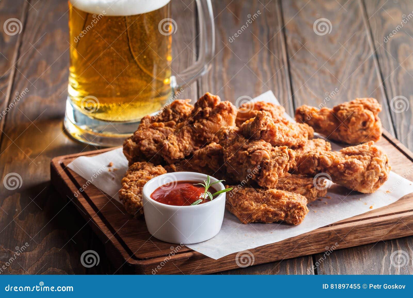 Bizonu kurczaka stylowi skrzydła