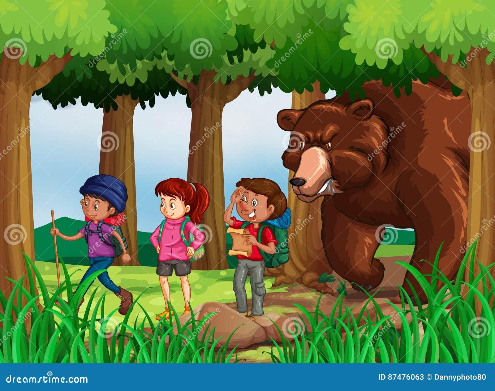 Björn som jagar fotvandrare i skog