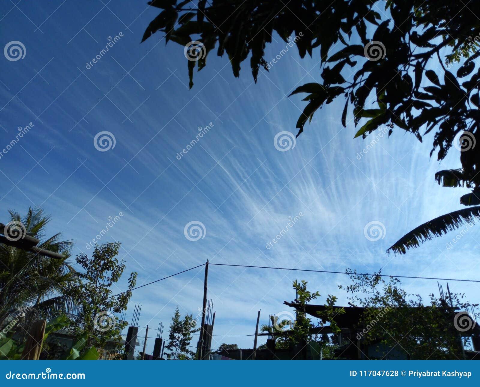 Bländande himmel