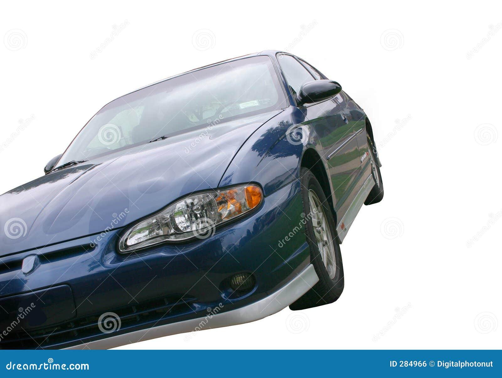 Blå bil över vita sportar