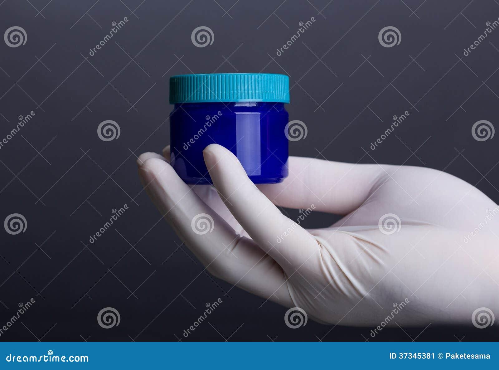 Blå plast- krus