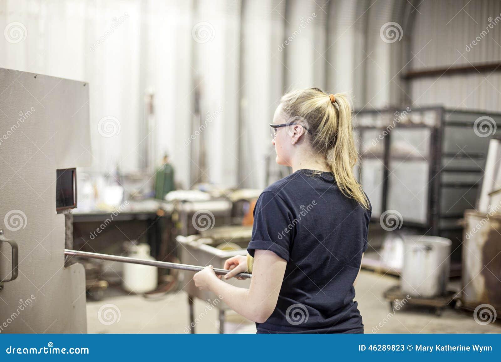 Blåsareexponeringsglas värmer upp framställning av förlagen upp