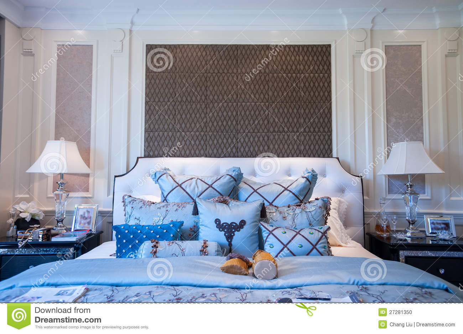 Blått sovrum i en herrgård