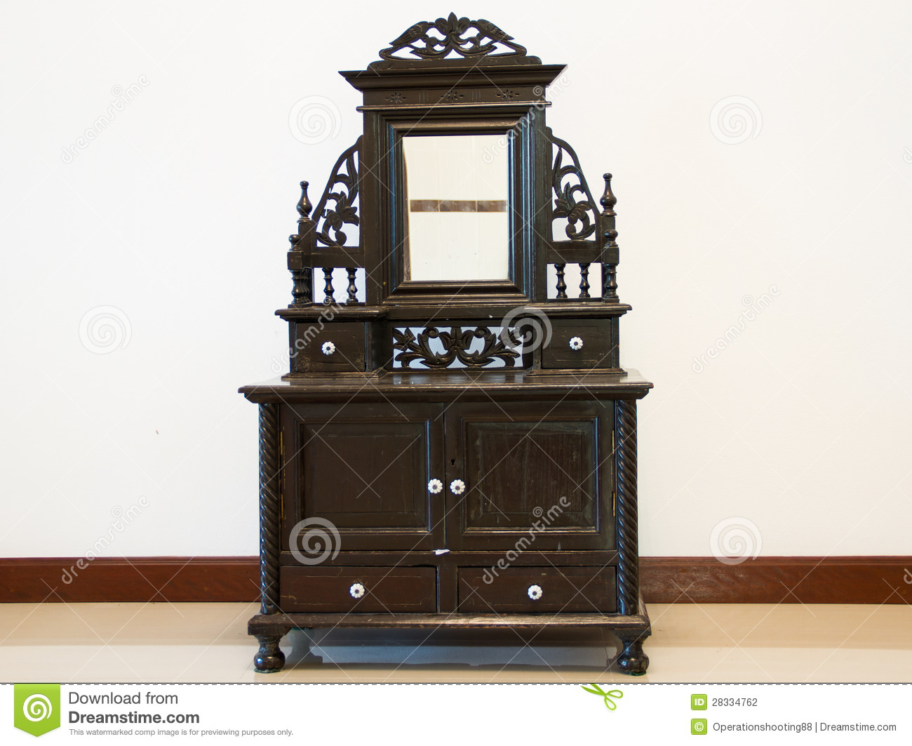Antique dressing table with mirror - Black Antique Dressing Table Stock Photography