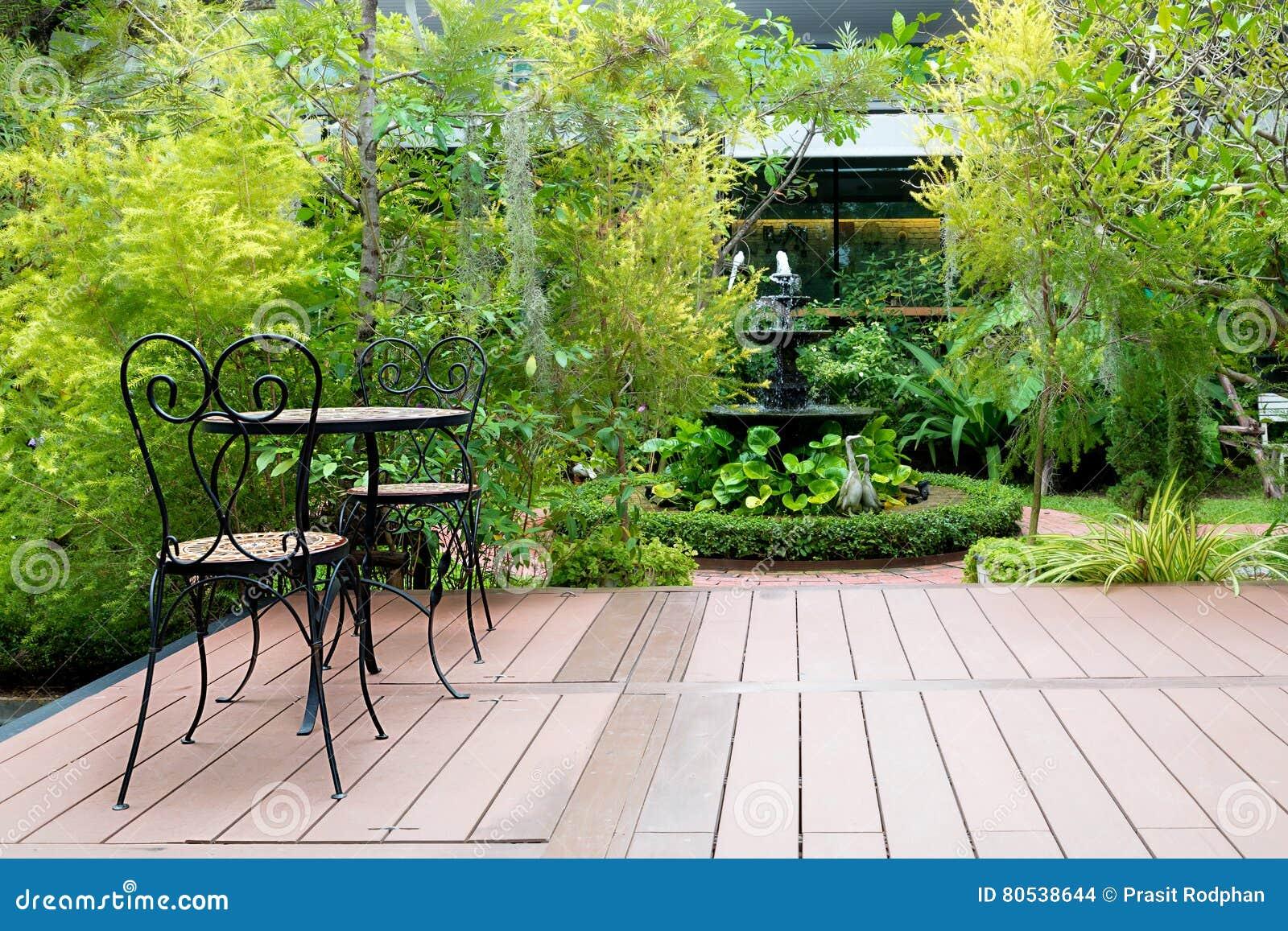 Wood chair in garden royalty free stock image - Ideas para hacer un jardin ...