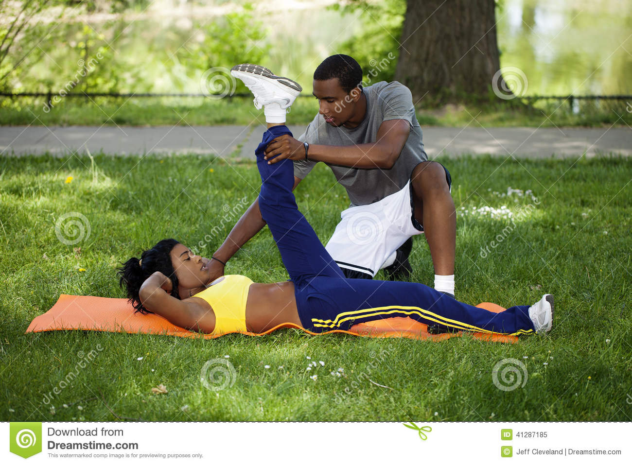 Couples exercising together