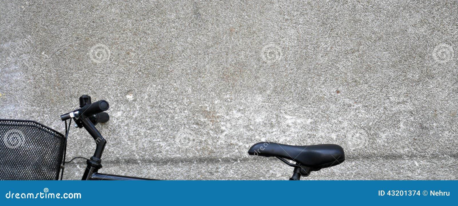 Download Black cykeln arkivfoto. Bild av luta, gammalt, yellow - 43201374