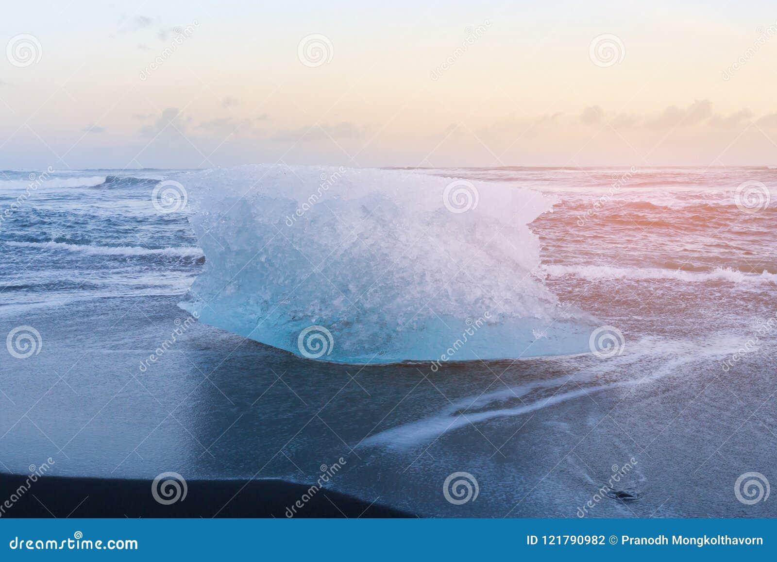 Black Diamond Sand Beach Iceland Stock Photo Image Of Iceberg