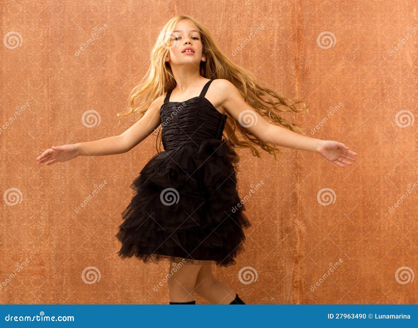 Black Girls Dancing Videos