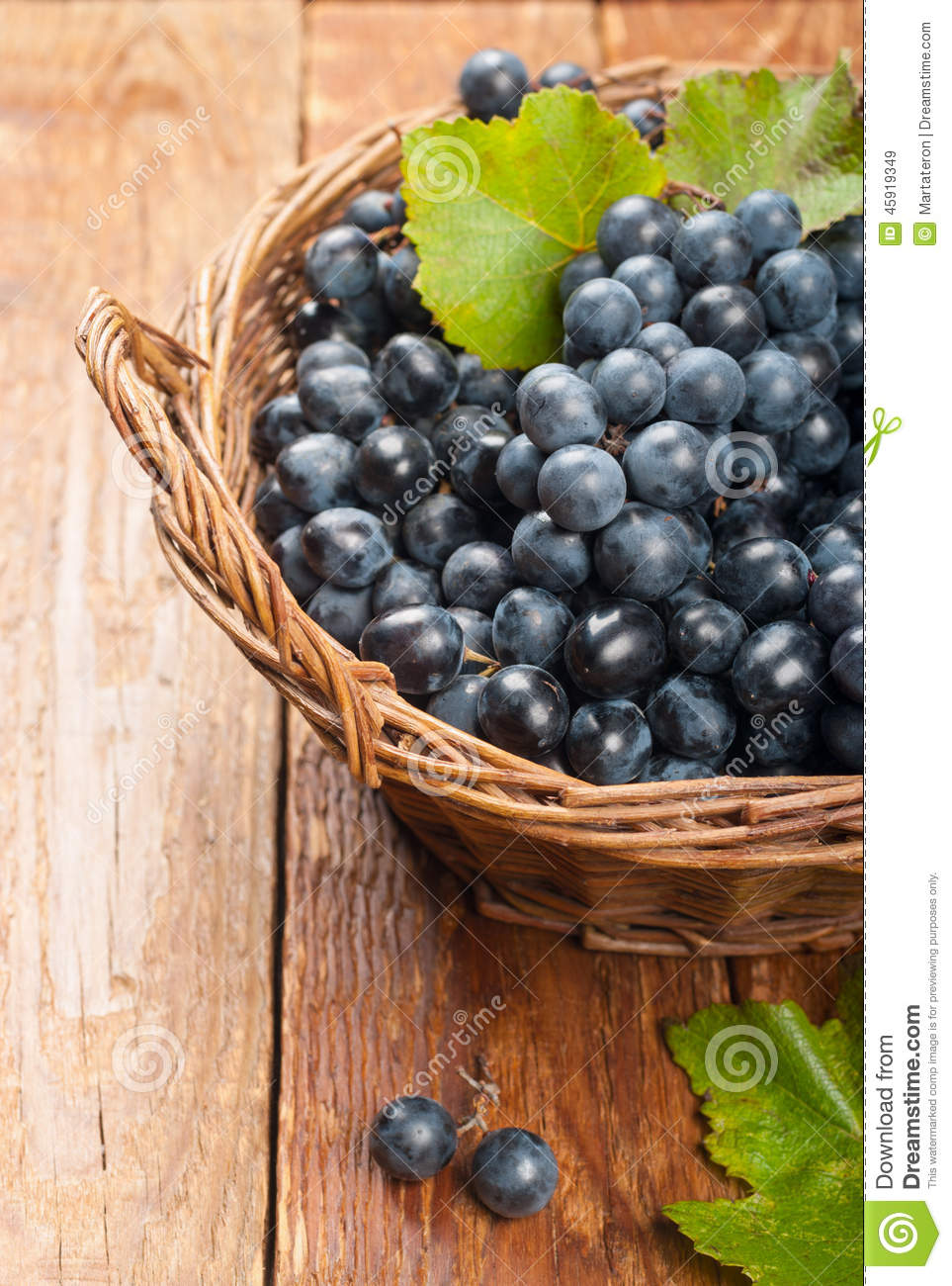 Black grapes in a basket stock image. Image of healthy ...