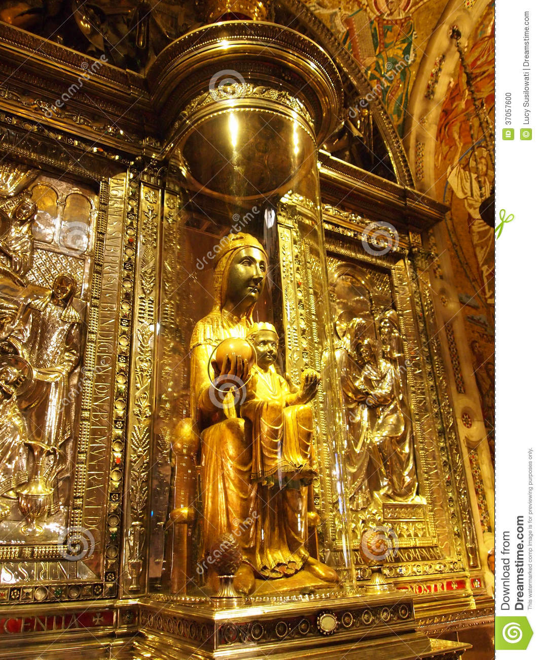 Black madonna our lady of montserrat stock photo image of gold mary 37057600 - Forlady barcelona ...