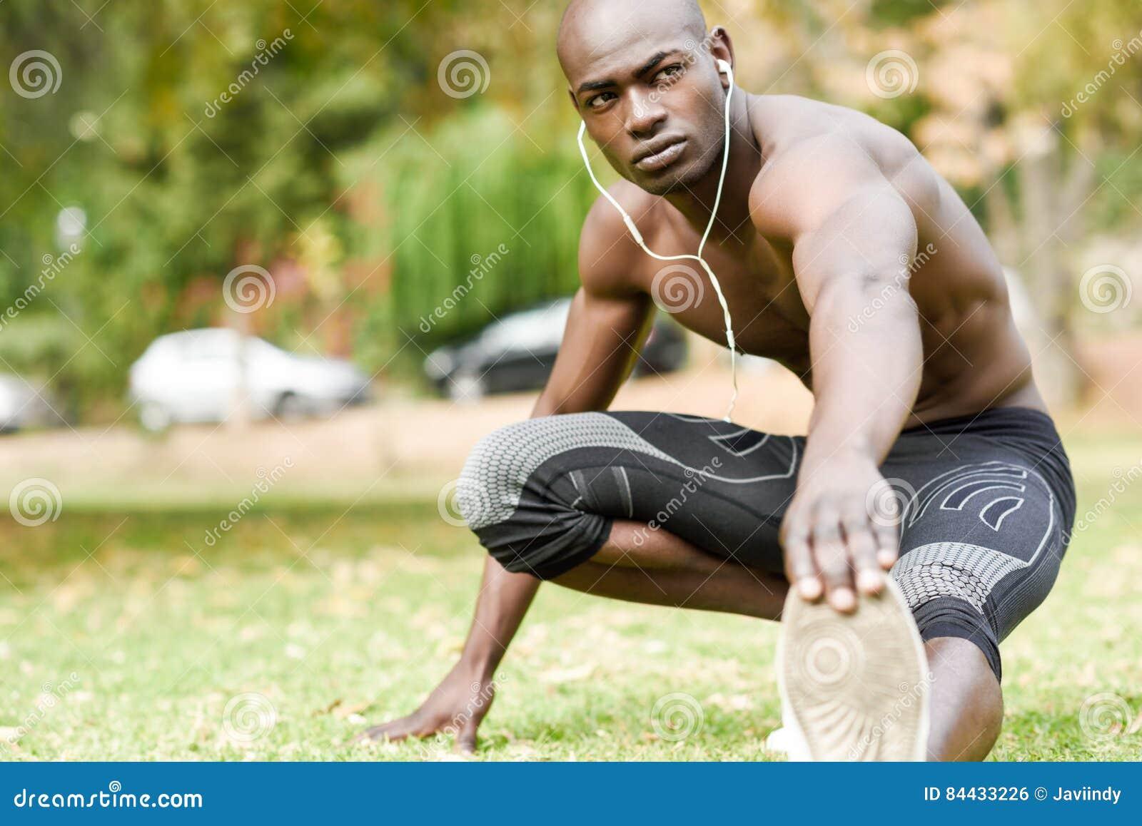 naked-black-man-fit-redneck-stripper