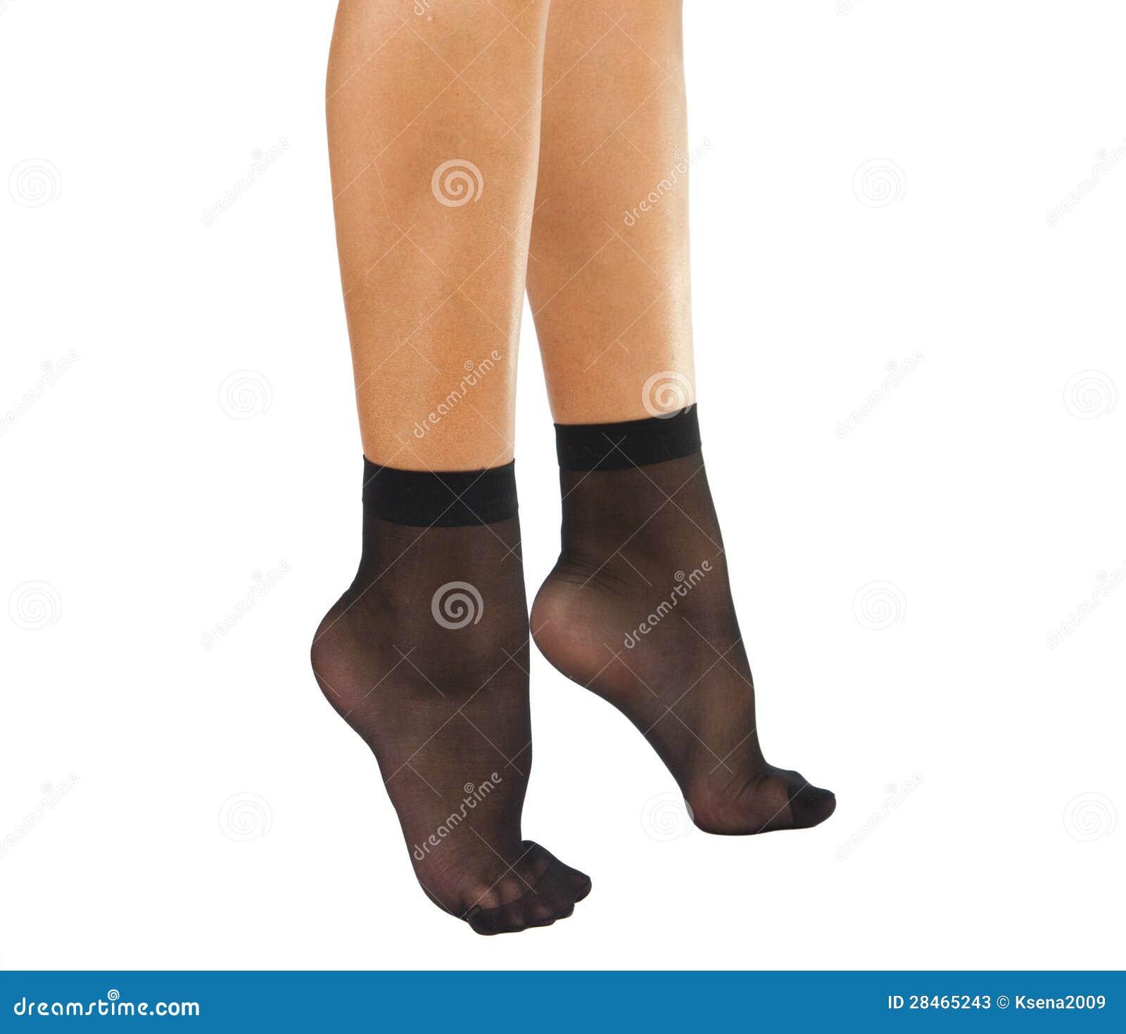 Фото женских ног носки 21 фотография