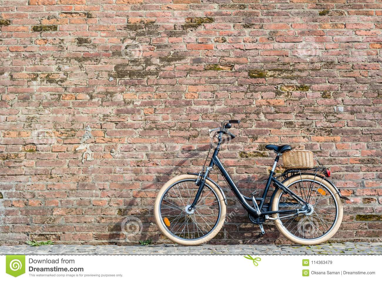 0497085b9b1 Black Retro Vintage Bicycle With Old Brick Wall. Stock Image - Image ...