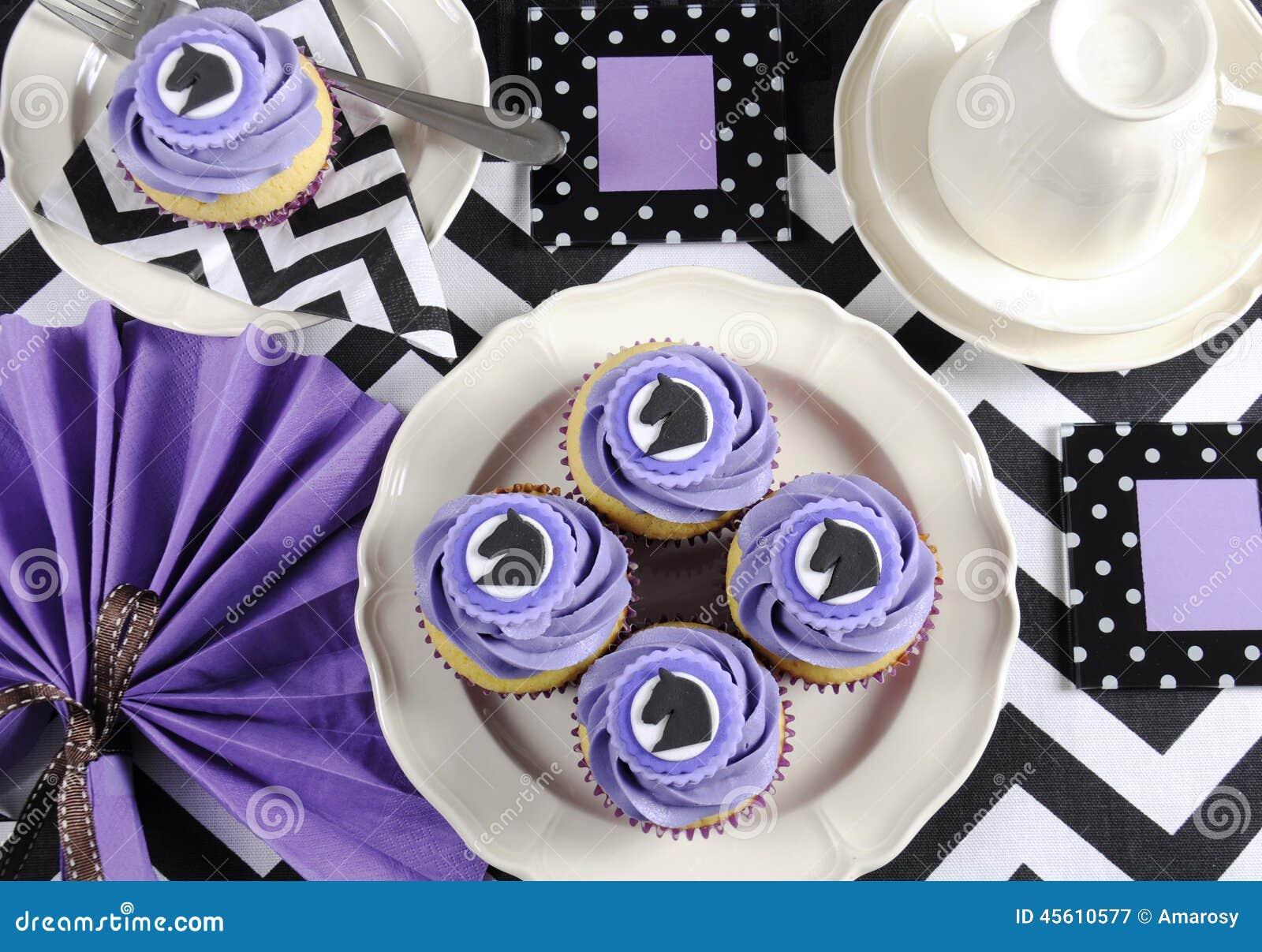 royaltyfree stock photo download black and white chevron with purple theme party