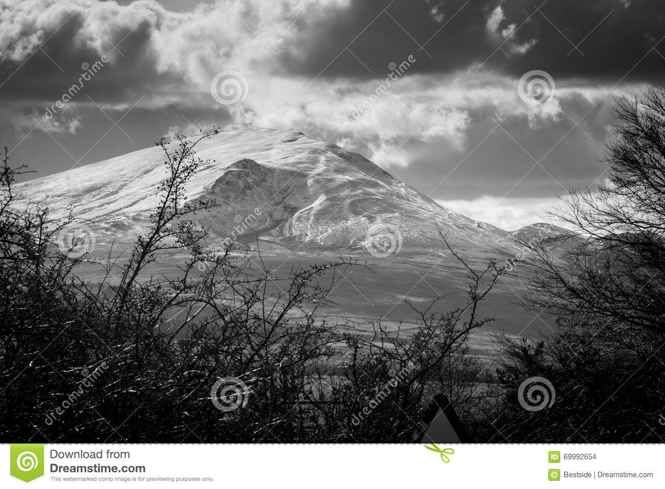Black and white landscape snowy mountains in the lake district cumbria nobody in photo