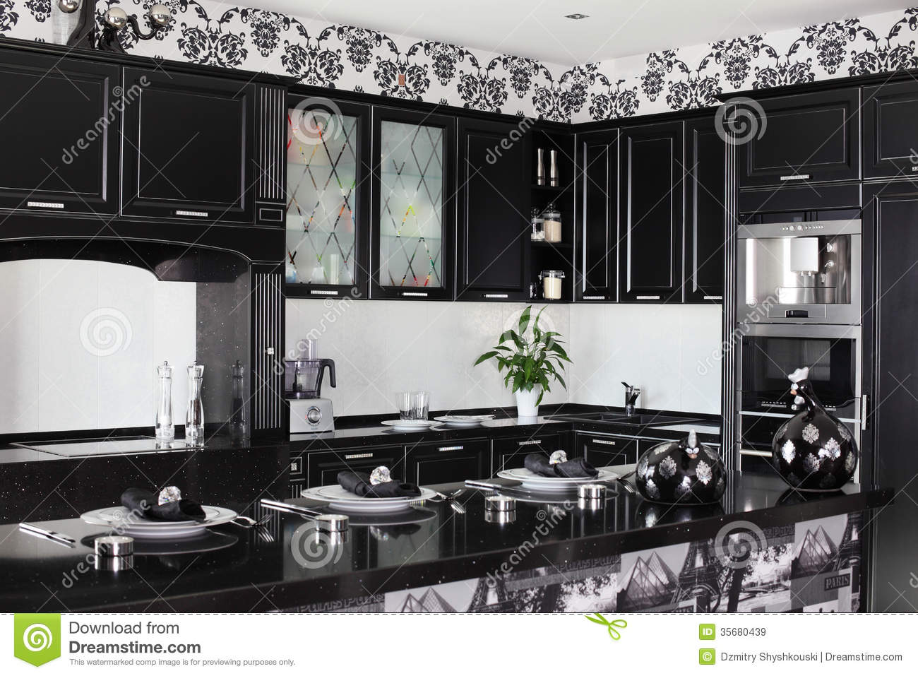 Black and white modern kitchen with stylish furniture for Ver cocinas modernas