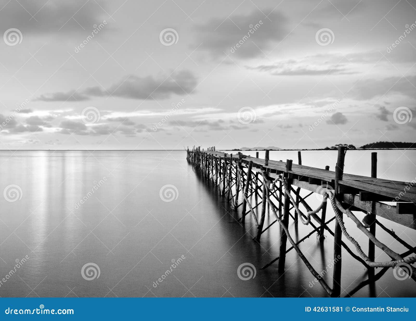 Цвета Черного моря - 50 оттенков в 16