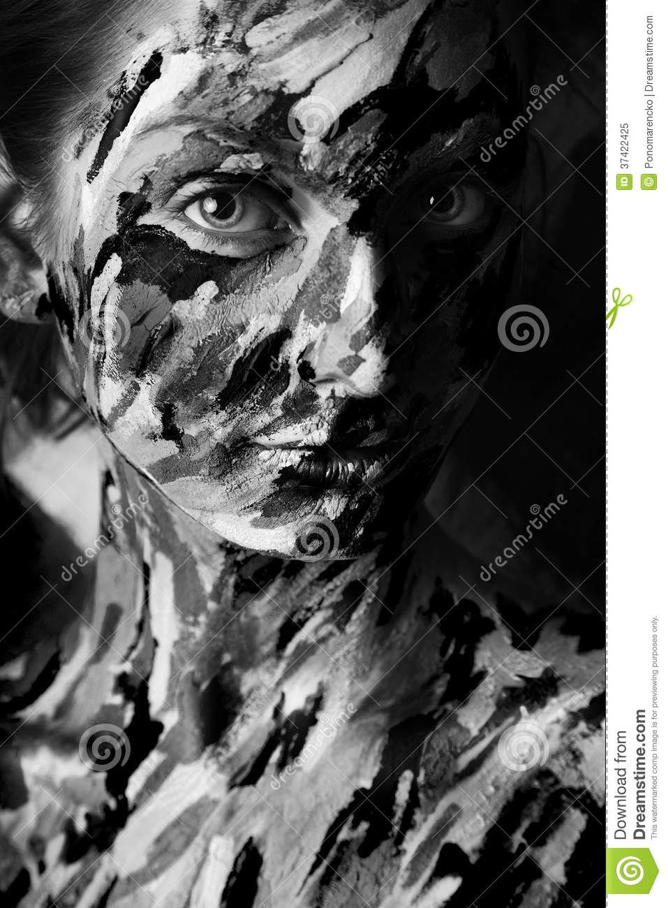 Black and white portrait of woman in paint strokes stock - Blanco y negro paint ...
