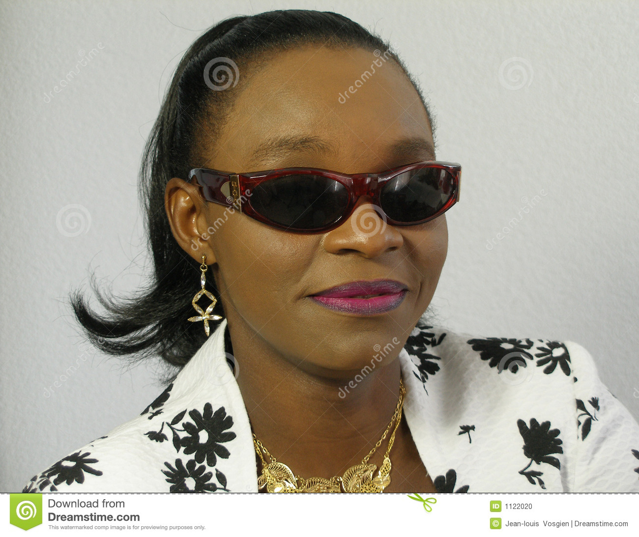 f613ac978d7 Black Woman Wearing Sunglasses Stock Photo - Image of portrait ...