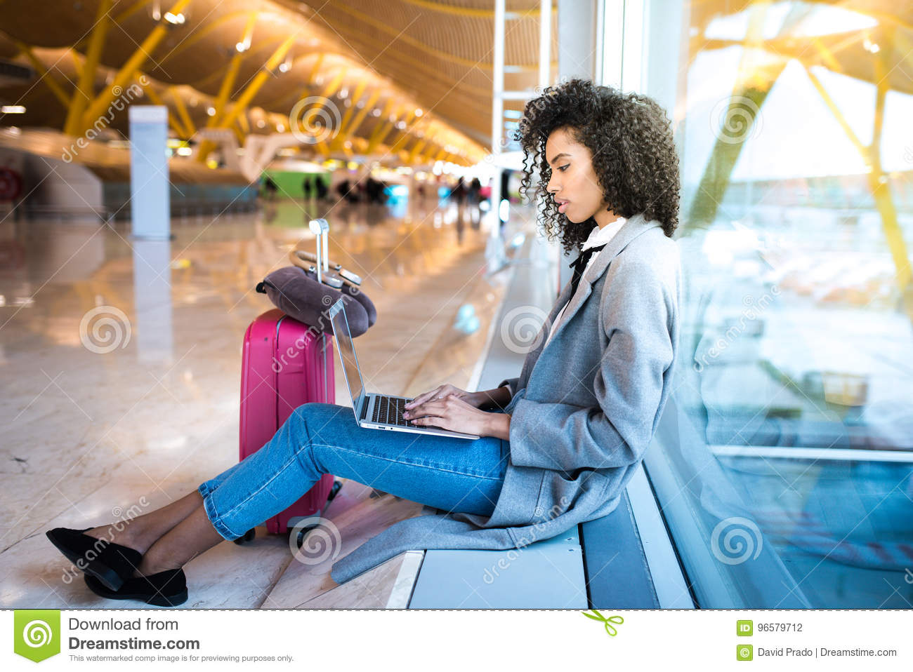 43 388 Black Woman Laptop Photos Free Royalty Free Stock Photos From Dreamstime