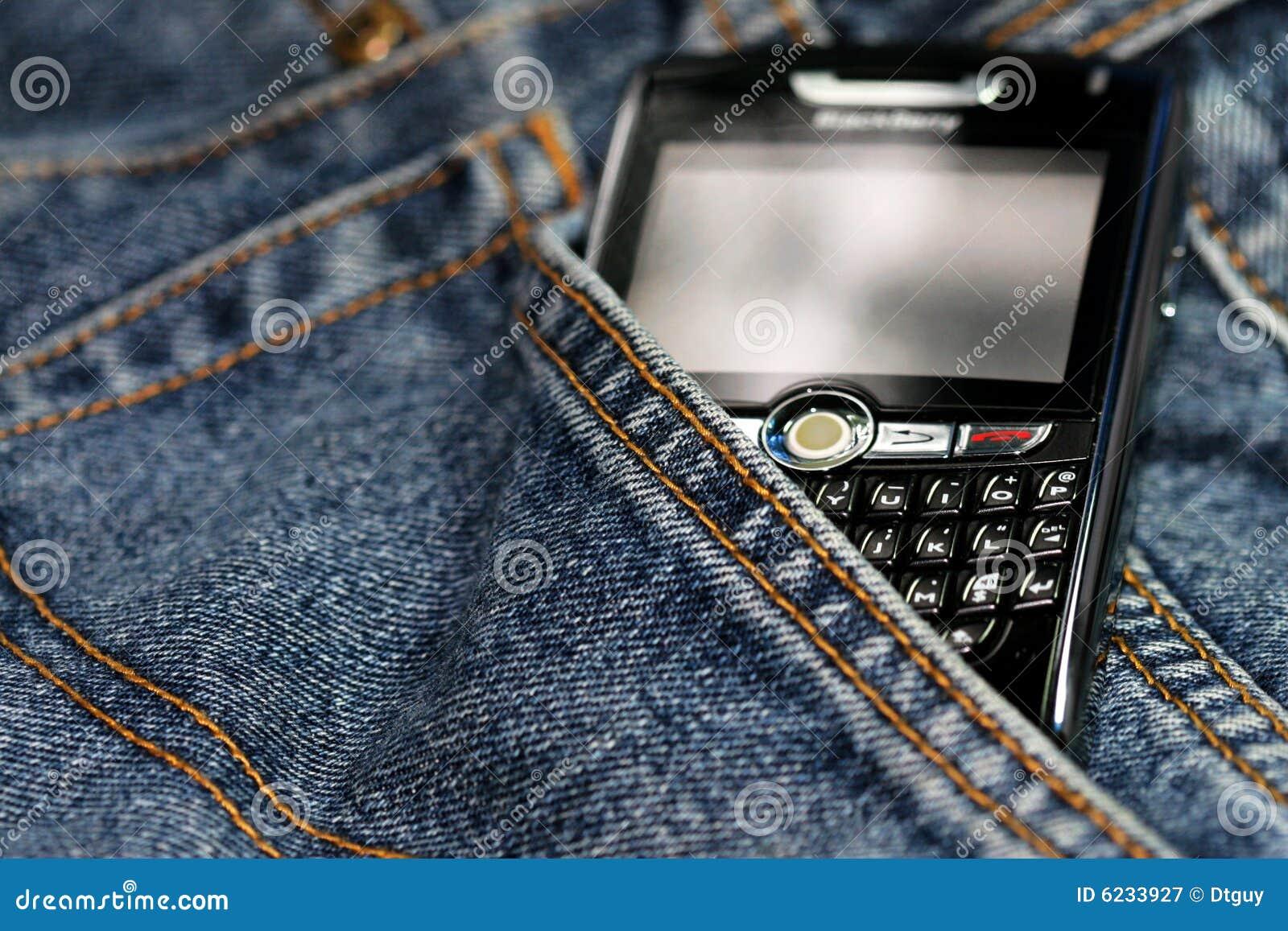 Blackberry cell phone 8820