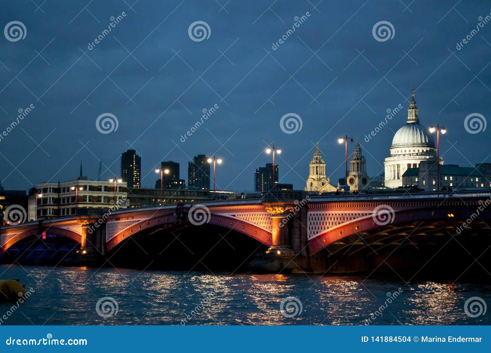 Blackfriars St Paul i mostu katedra, Londyn, UK