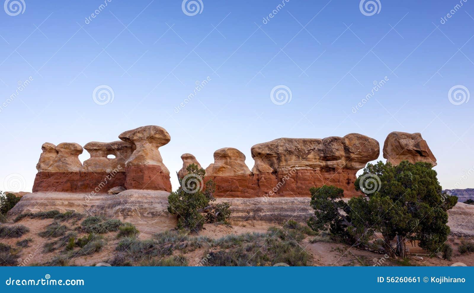 Blanc rouge de roche de formations