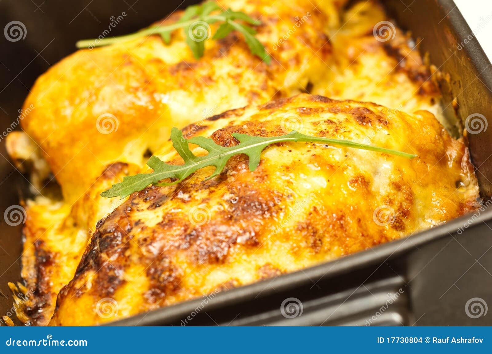 blancs de poulet cuits au four en fromage images stock image 17730804. Black Bedroom Furniture Sets. Home Design Ideas