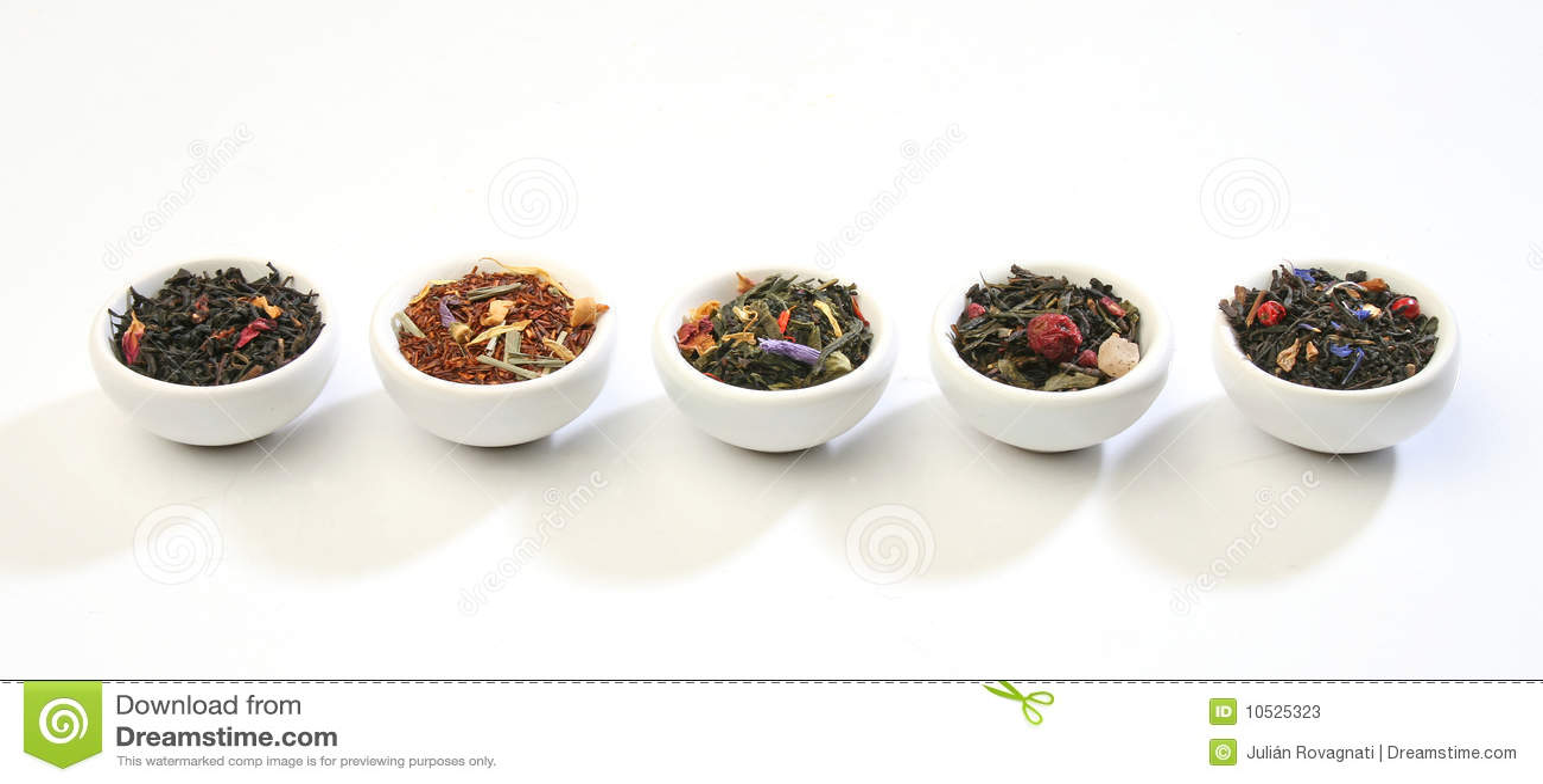 Blandningar bowlar olik högvärdig tea för leaves