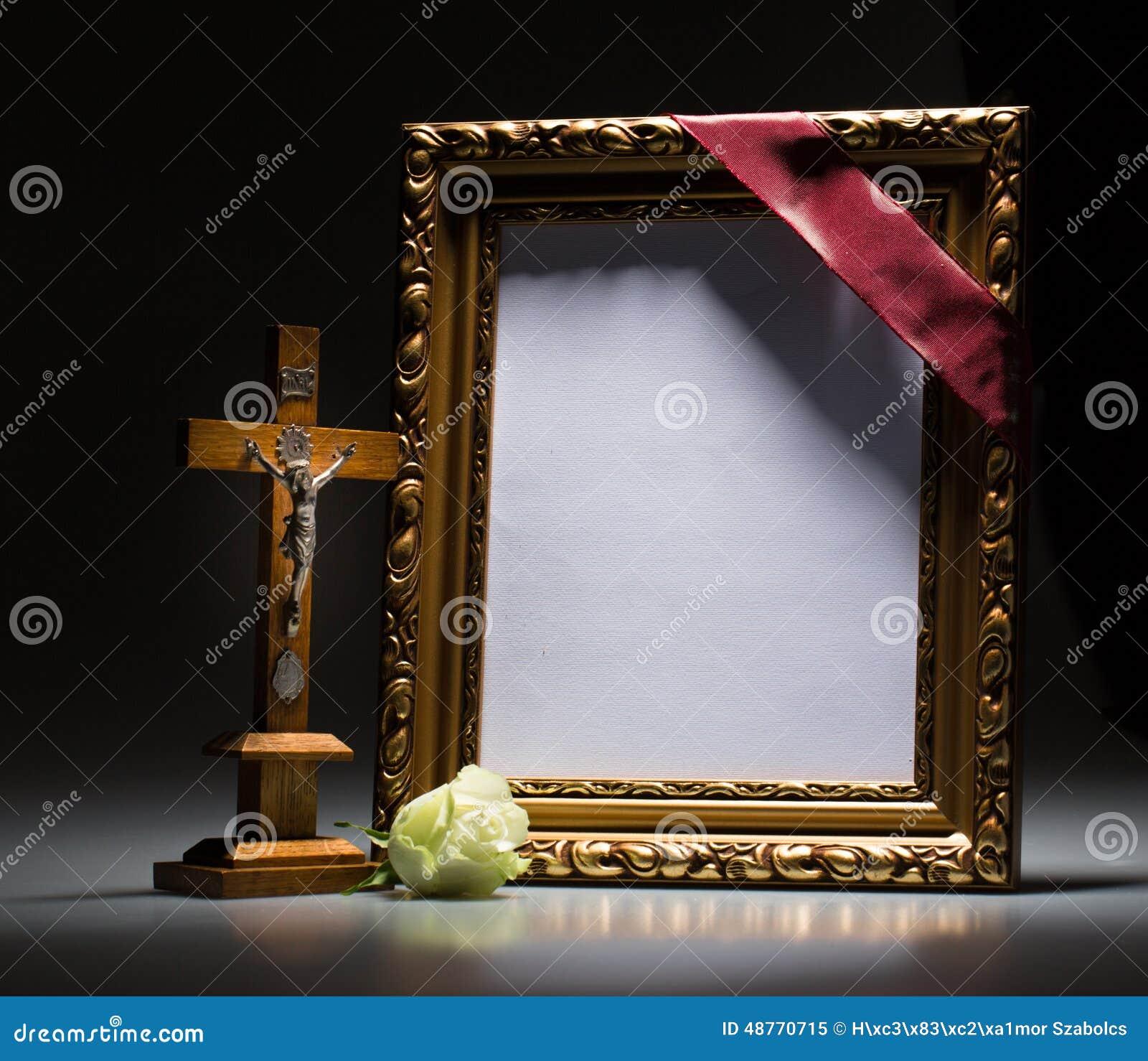 Как сделать траурную рамку к фото 150