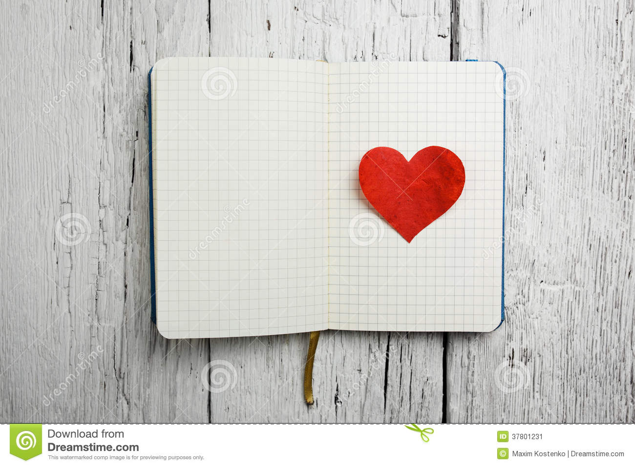 Blank Notepad With Red Heart On Wood Stock Image - Image ...