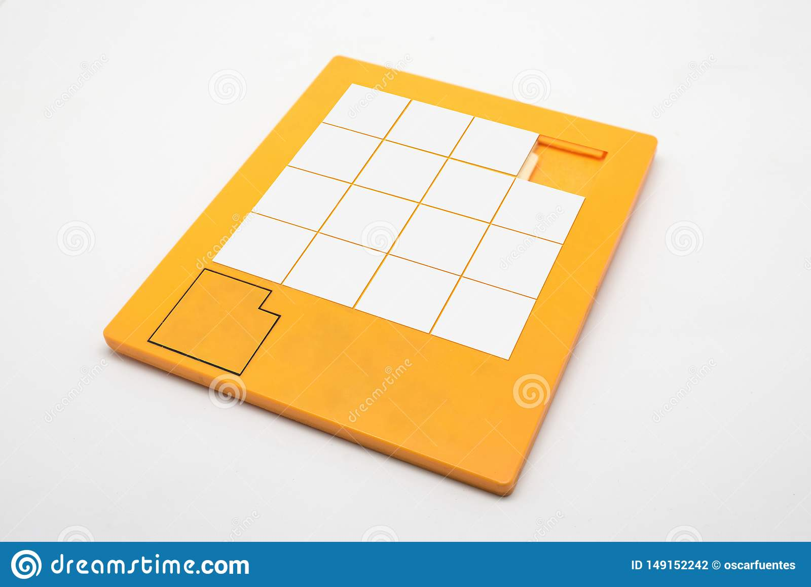 Blank puzzle game to fill