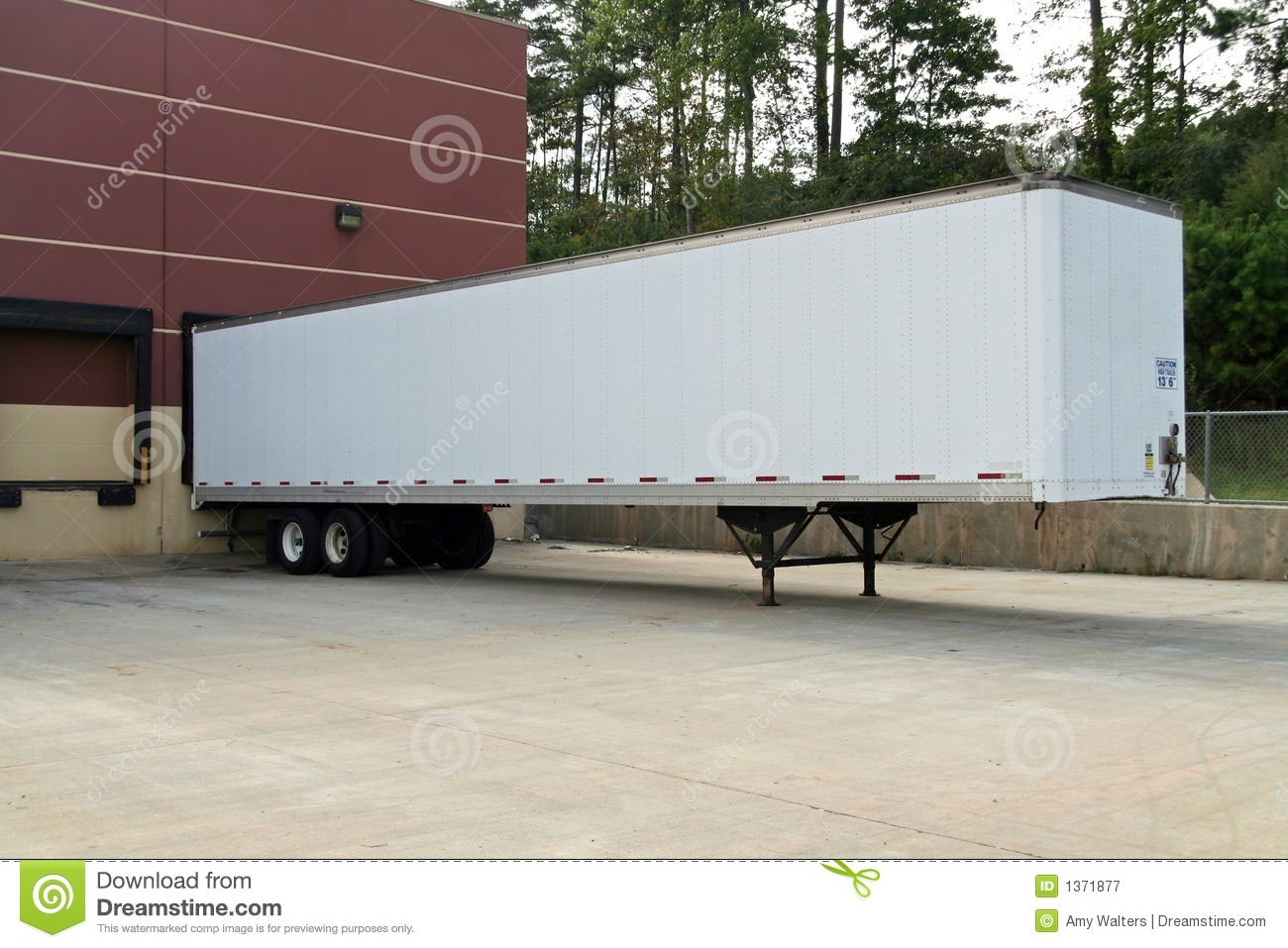 Tractor Trailer Stock : Blank tractor trailer parked at the loading dock stock