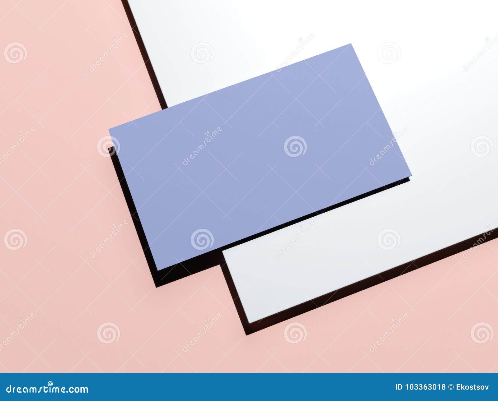 Blau Rosa Brandingmodell Mit Blatt Papier Und Visitenkarte