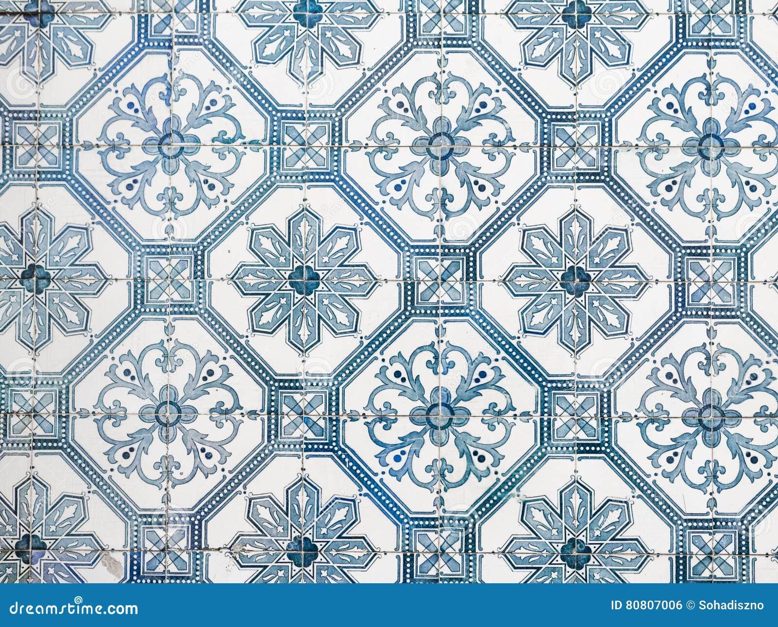 Alte fliesen  Blaue Azulejos, Alte Fliesen In Lissabon, Portugal Stockfoto ...
