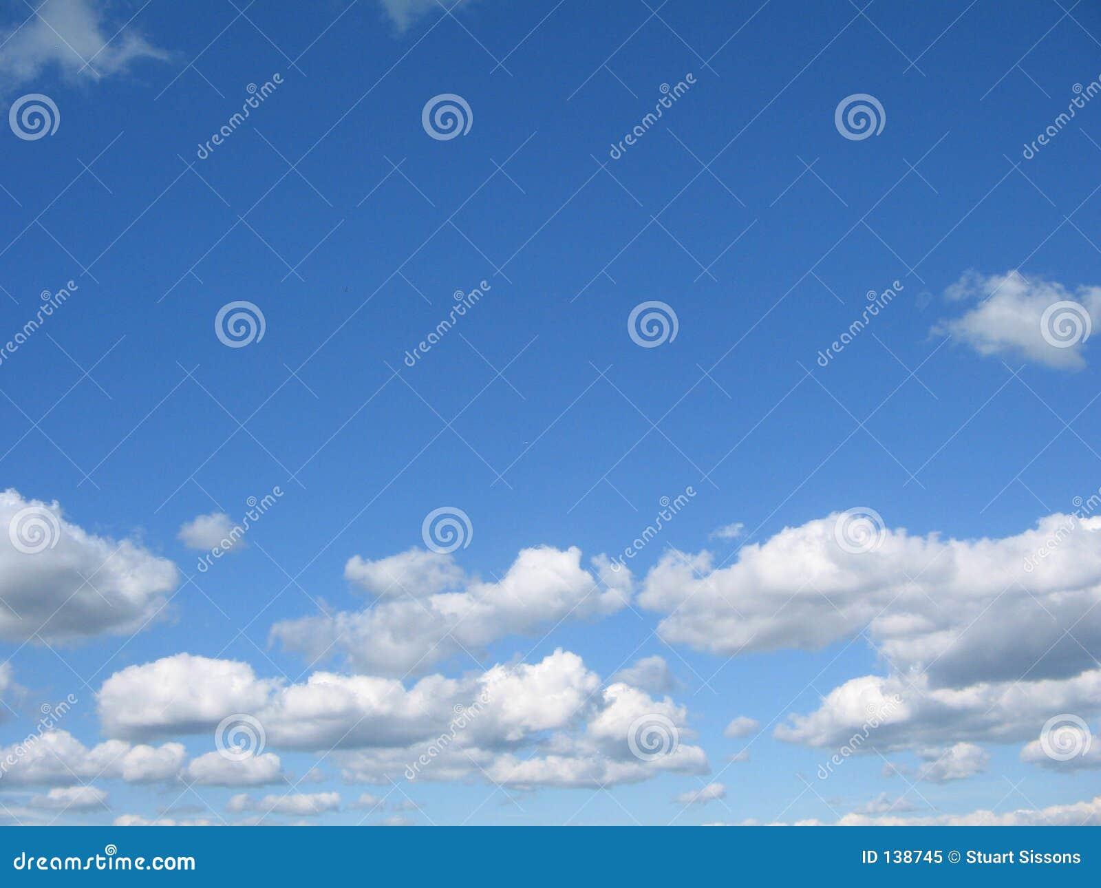 Blauer Himmel, Weiße Wolken Stockbild - Bild von zeit, weiß: 138745