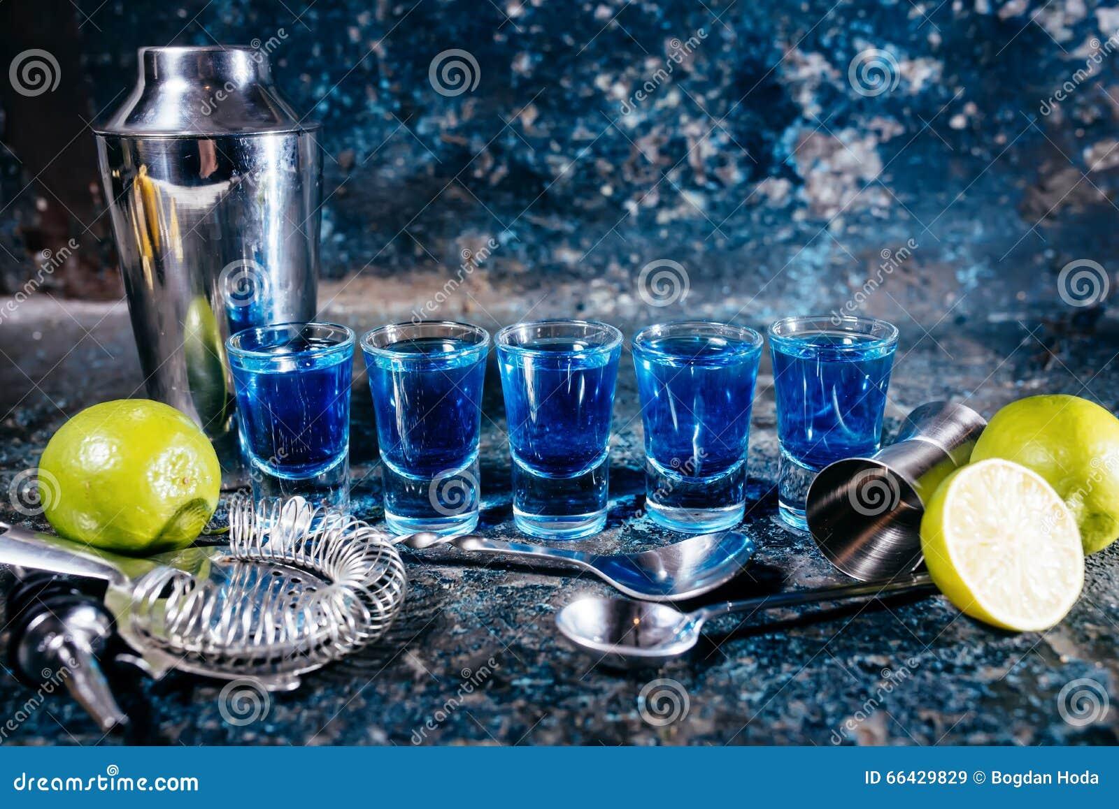 Blaues Curaçao, Alkoholische Alkoholische Getränke Cocktails Und ...