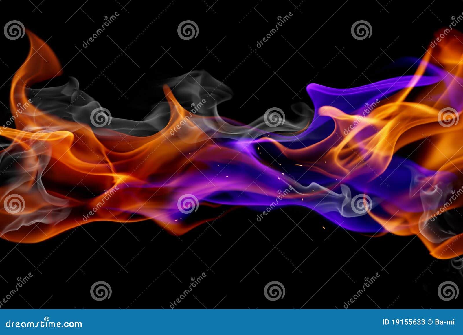Blauwe en rode brand