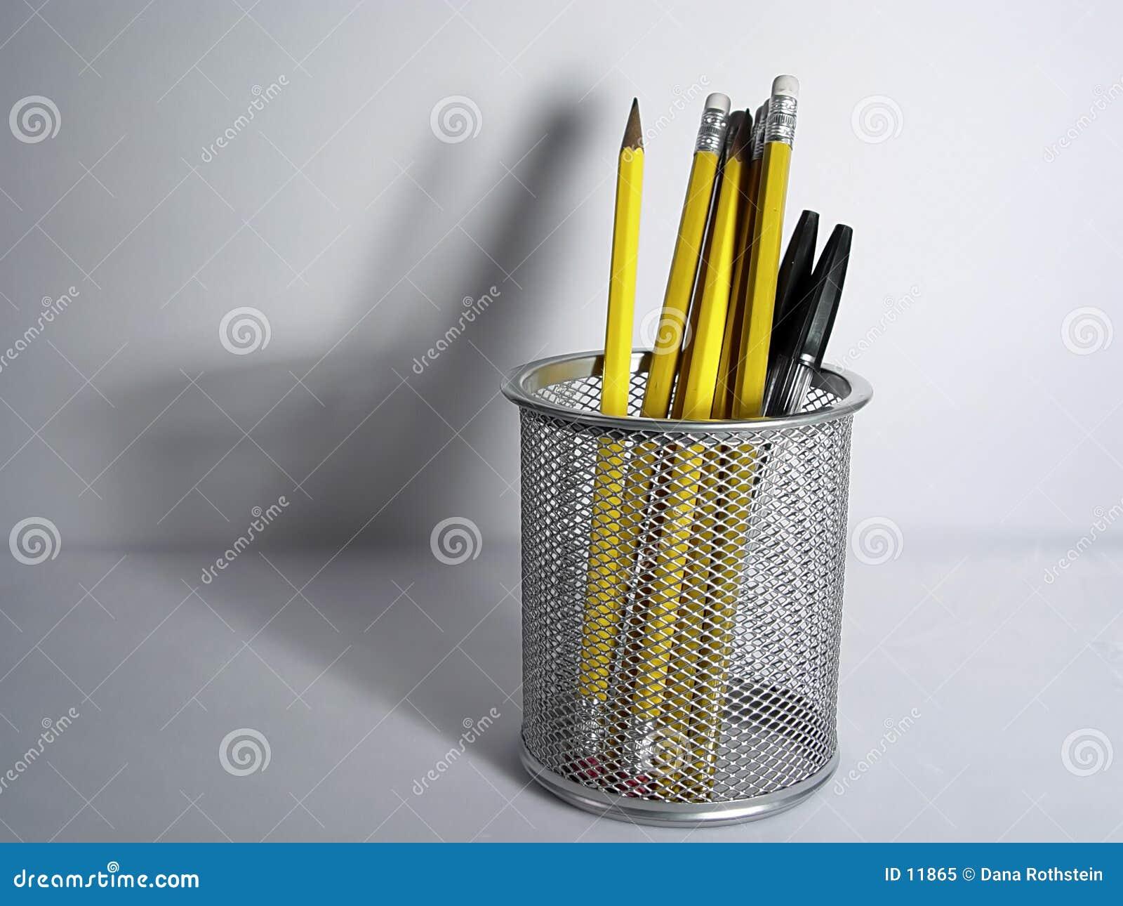 Bleistift-Halterung und Schatten