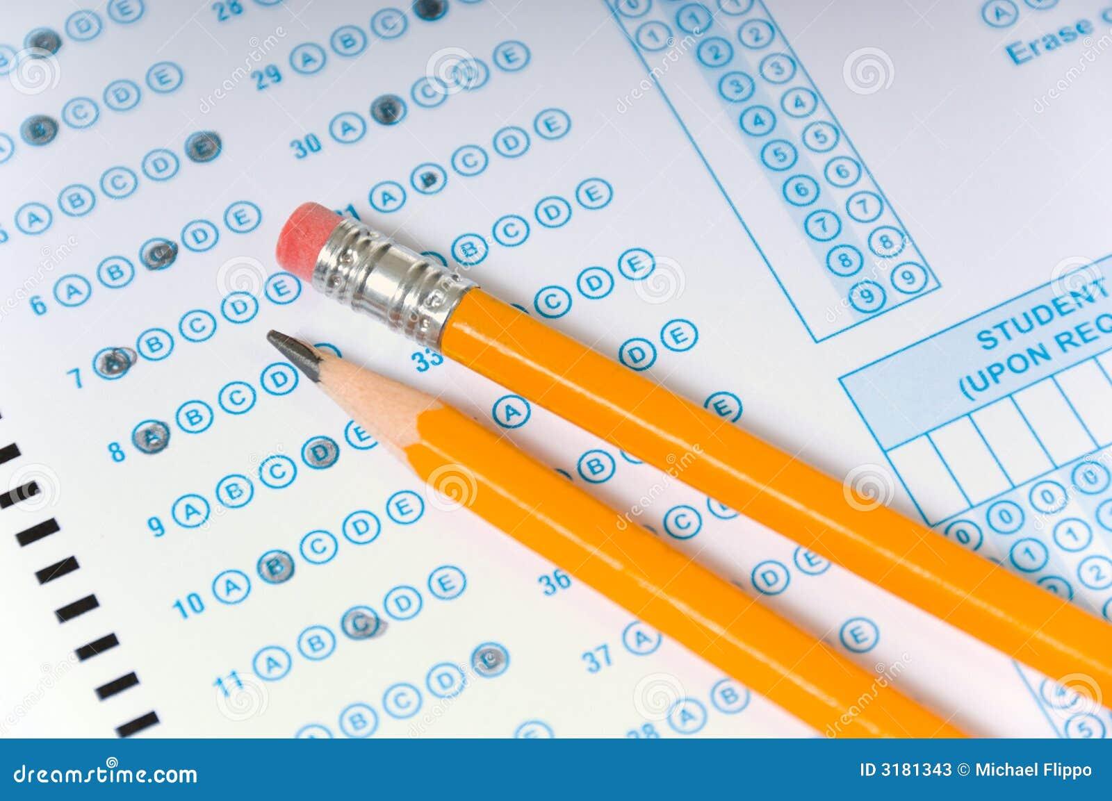 Bleistifte auf Prüfung