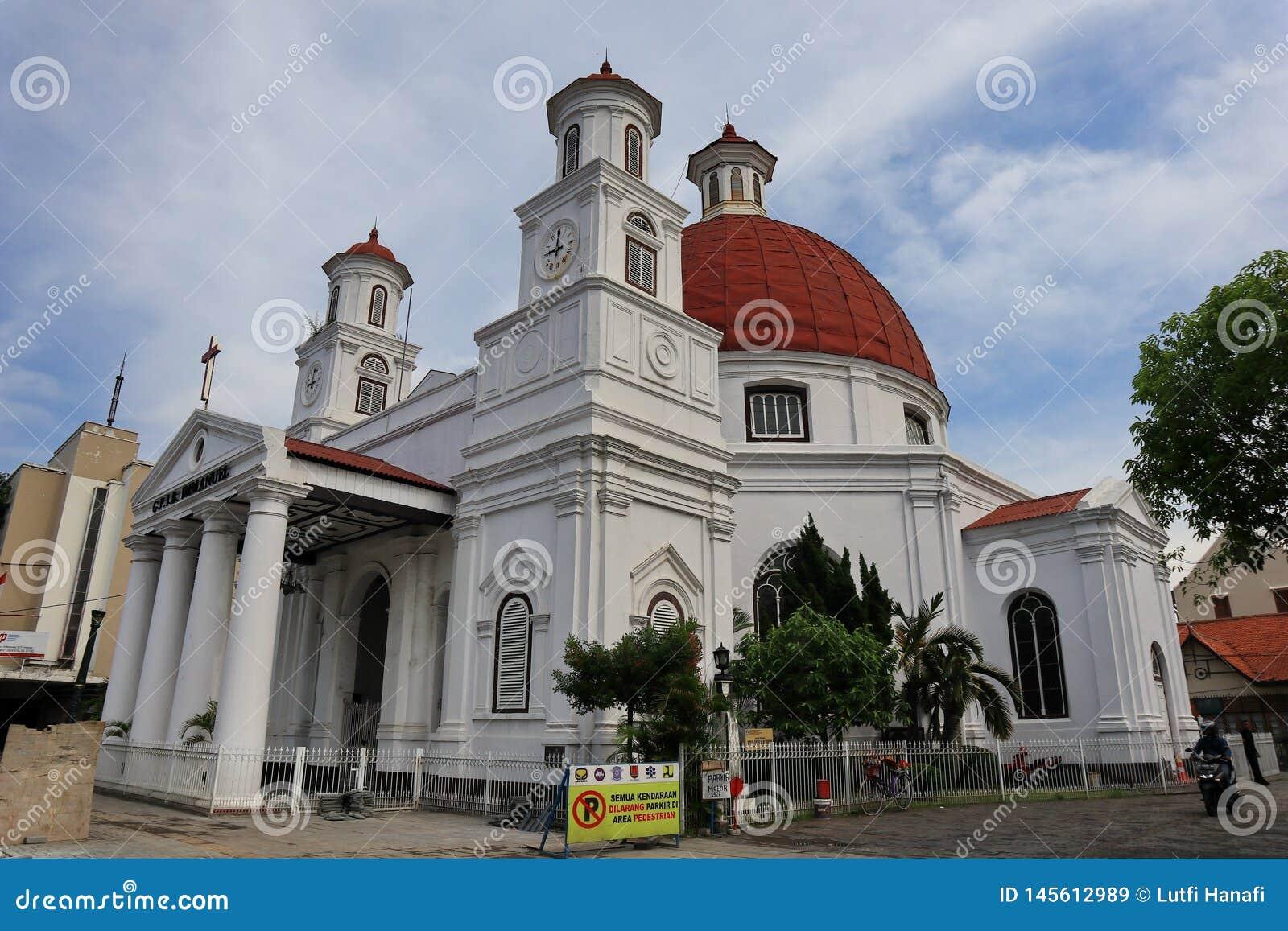 Blenduk Semarang ko?ci?? jest ko?ci?? kt?ry budowa? w 1753 i jest jeden punkty zwrotni w starym mie?cie