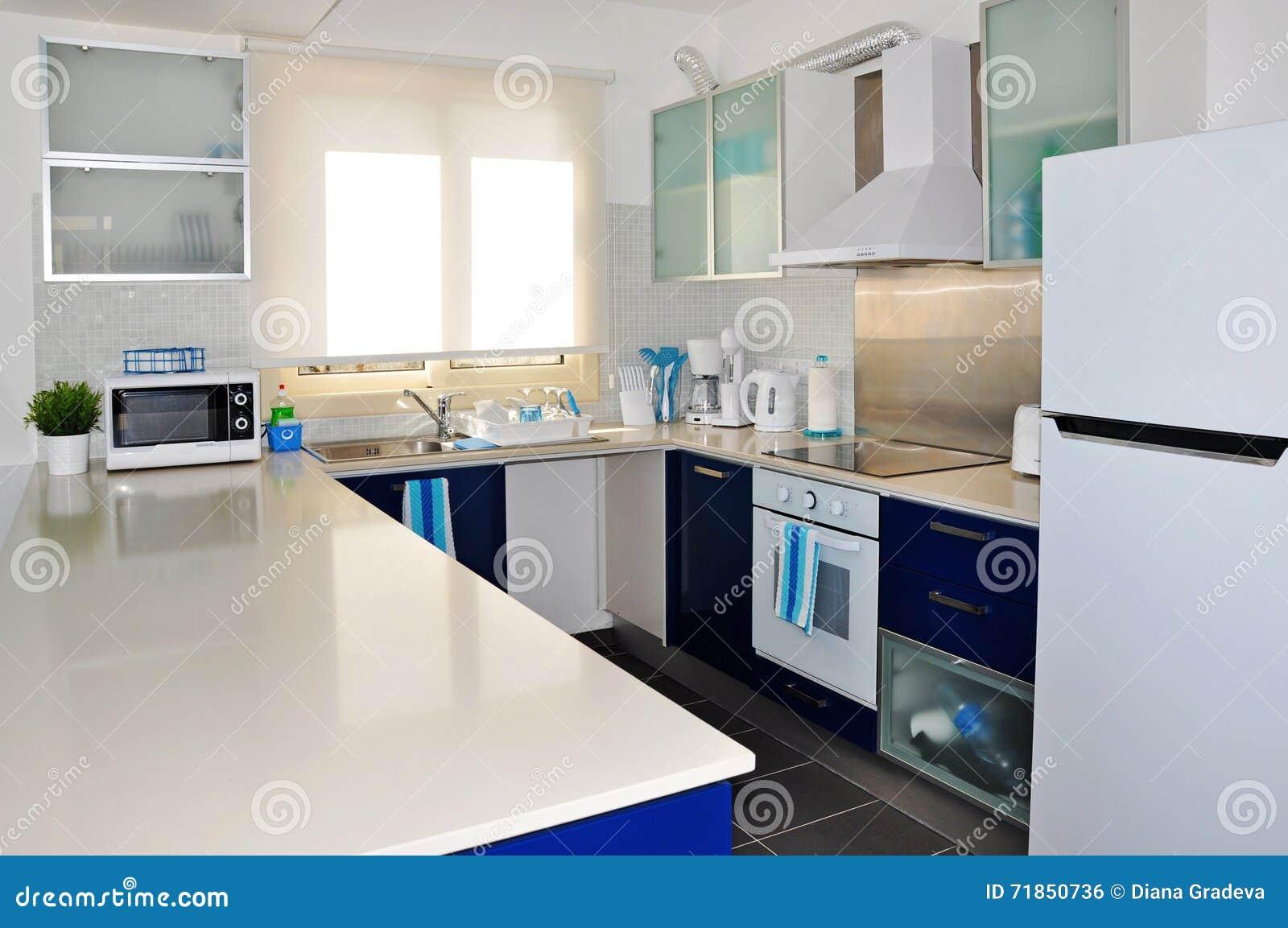 Bleu Moderne Et Blanc De Cuisine Photo Stock Image Du