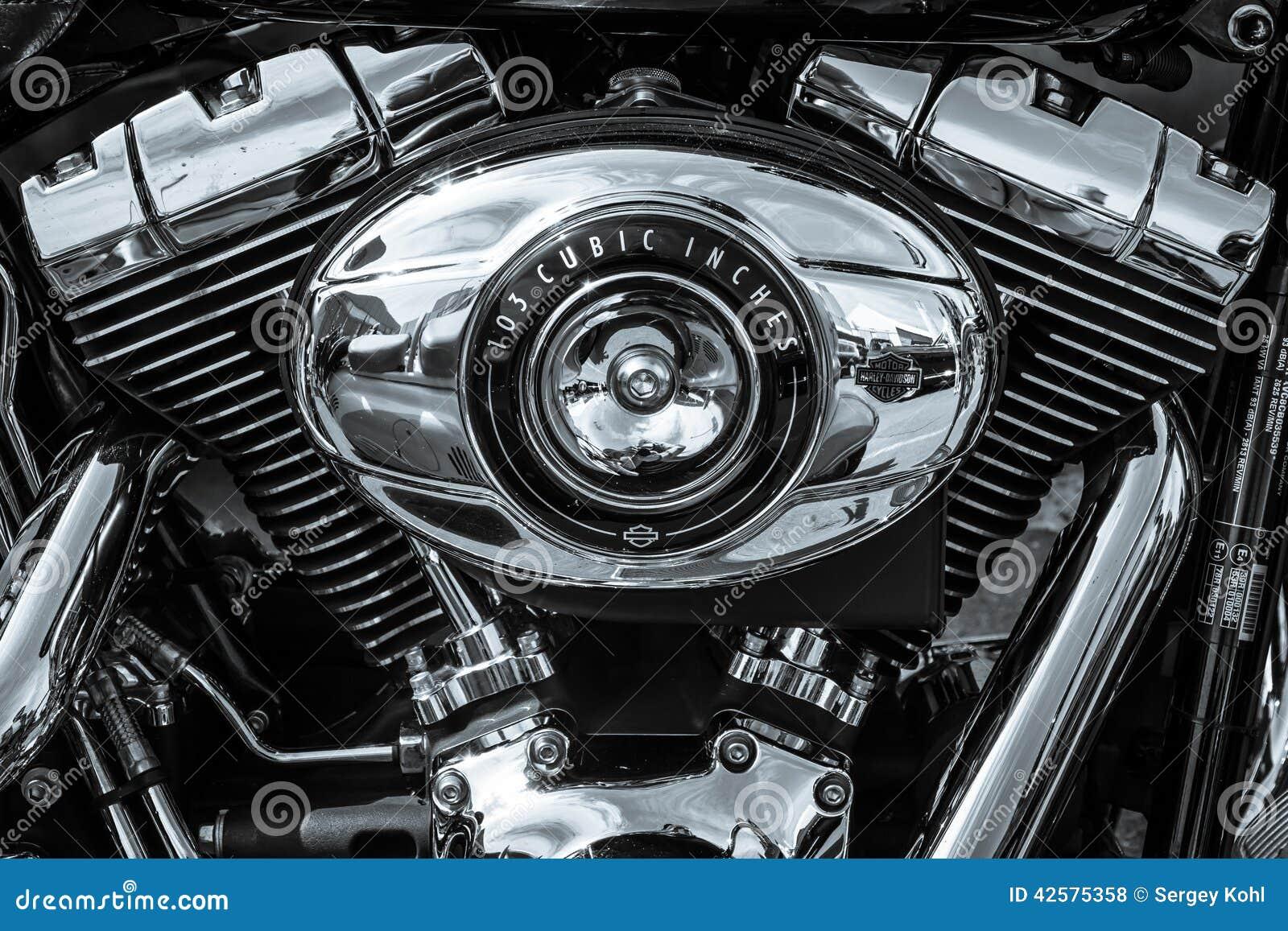 Bliźniaczy krzywka 103 silnika zbliżenie motocykl Harley Davidson Softail