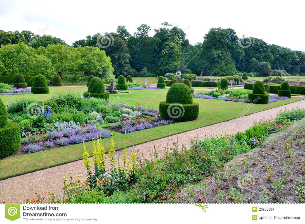 Blickling hall the parterre stock images image 20903834 for Parterre 3d