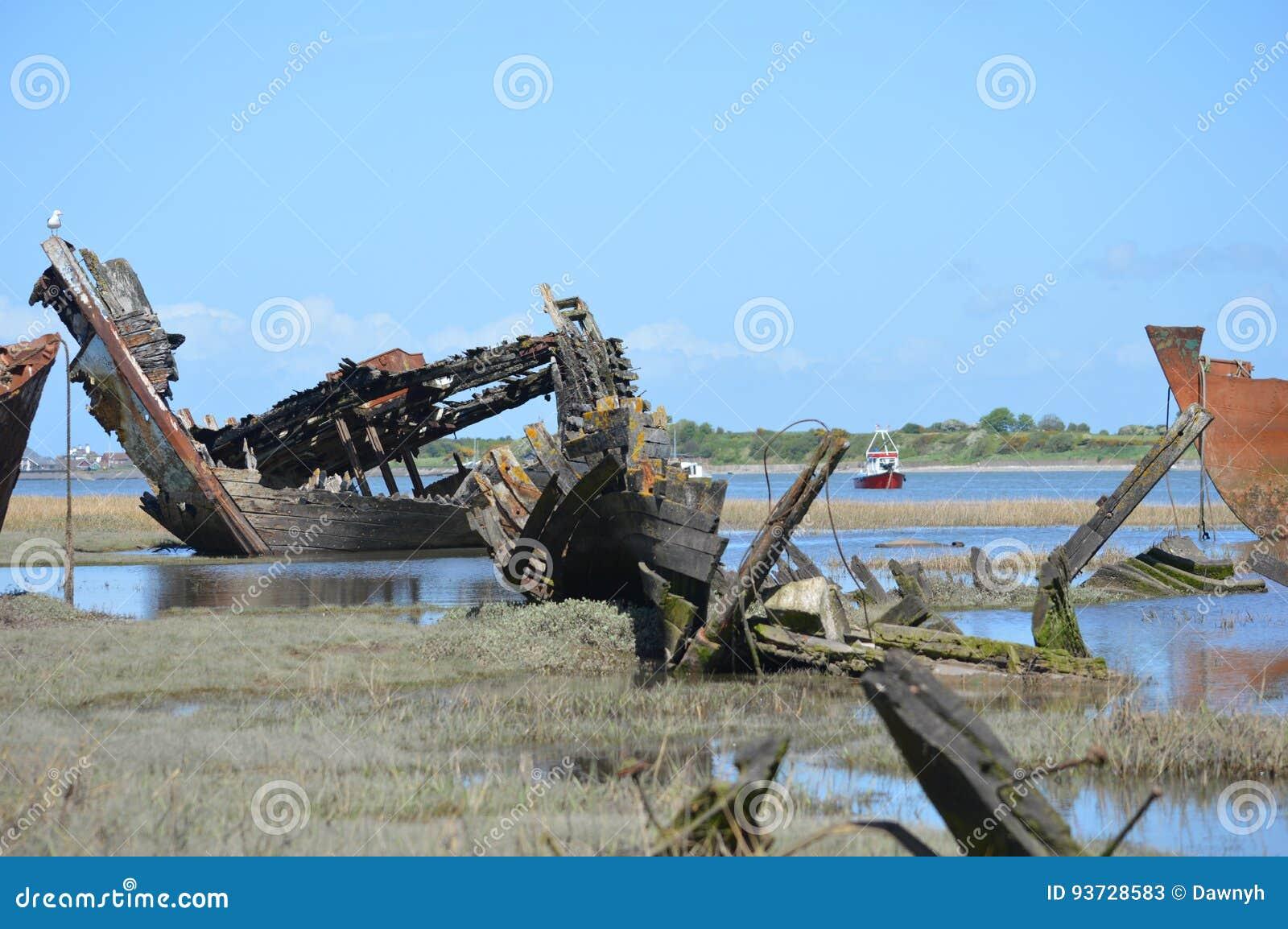 Blijft van een oud houten schip
