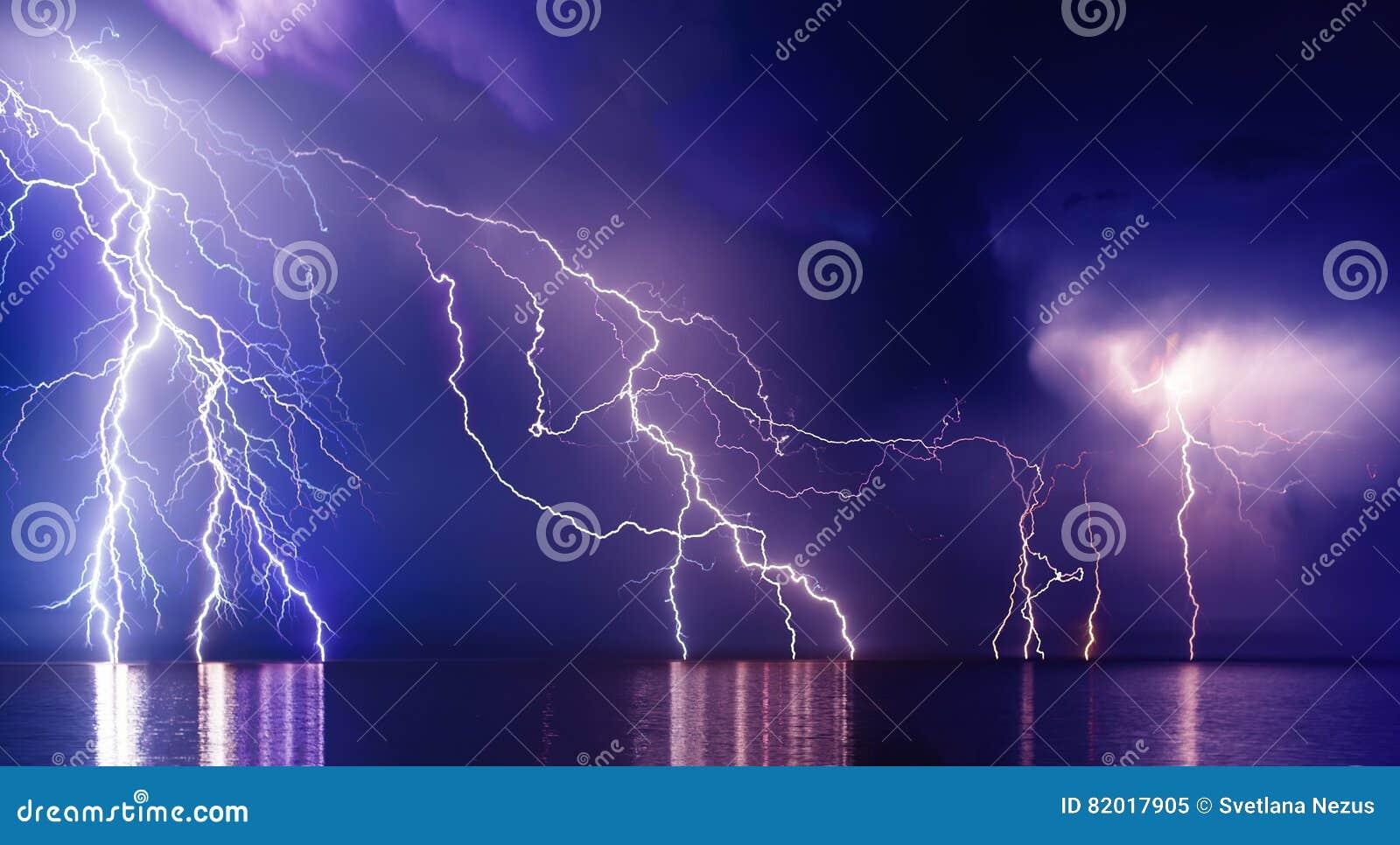 Blixtstorm