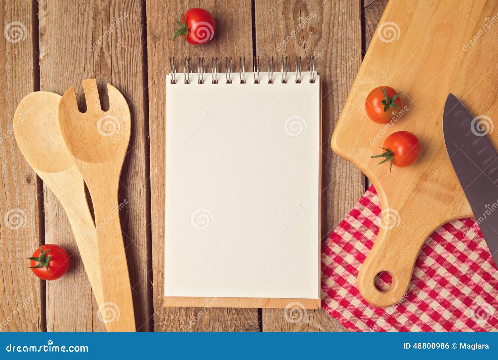 Bloc notes avec l 39 espace vide avec la batterie de cuisine - La batterie de cuisine ...